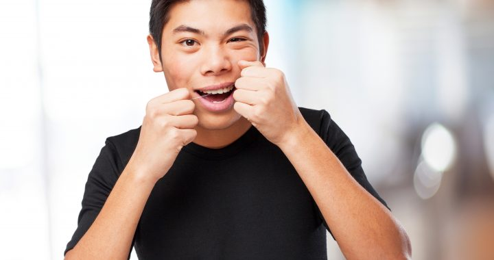 Dental Health Guide: How to Properly Floss Your Teeth